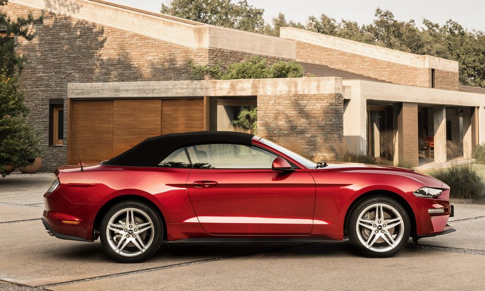 ford_mustang_ecoboost_convertible_990